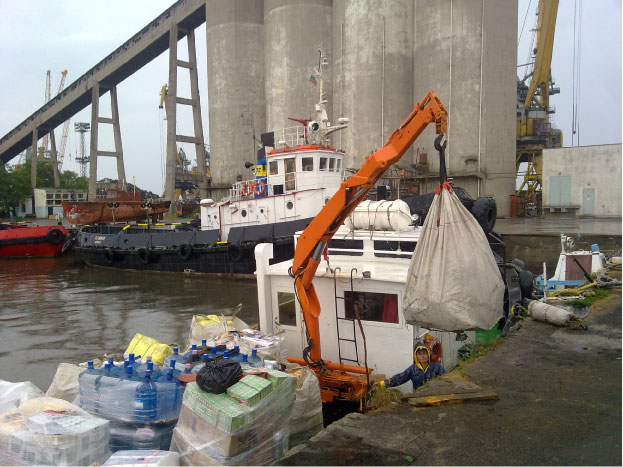 Обслужване на кораби в пристанище Бургас
